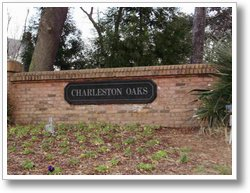 BLOG-CharlestonOaksEntranceSign02242010 [01]